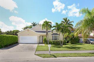 5030 Willow Pond Rd W, West Palm Beach, FL 33417