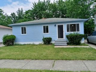 5646 Adams Ave, Maple Heights, OH 44137