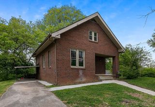 410 Surrey Rd, Knoxville, TN 37915