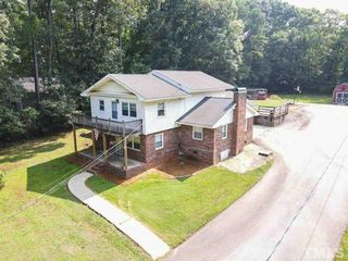 6121 Melbourne Rd, Raleigh, NC 27603