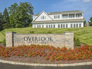 100 Oakwood Dr, Flanders, NJ 07836