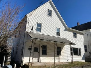 215 Green St, Honesdale, PA 18431