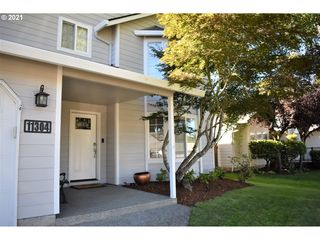 11304 NW 7th Ave, Vancouver, WA 98685