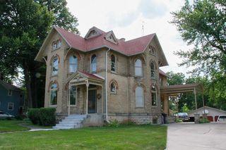 105 S Main St, Deerfield, WI 53531