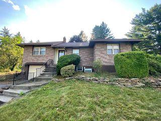 100 Salmon Ave, Johnstown, PA 15904