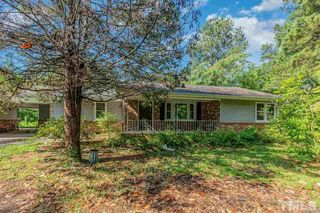 427 W Mountain Dr, Fayetteville, NC 28306