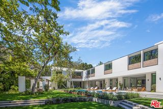 2500 Mandeville Canyon Rd, Los Angeles, CA 90049