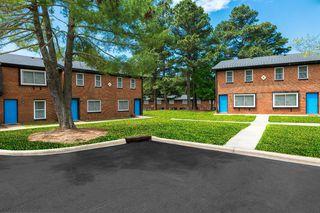 2292 Fox Ridge Manor Rd, Raleigh, NC 27610