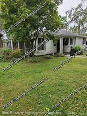 7007 Forest Ave, Hammond, IN 46324