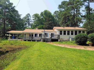 1728 Canal Dr, Columbia, SC 29210