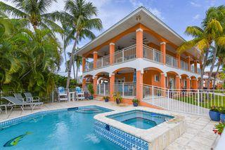 711 8th St, Key Colony Beach, FL 33051