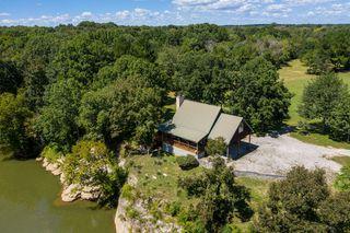 1955 River Rd, Chapel Hill, TN 37034