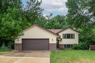 16782 Hershey Ct, Lakeville, MN 55044