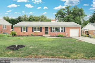 1353 Glendale Rd, York, PA 17403