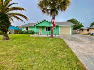 5605 Sunset Blvd, Fort Pierce, FL 34982