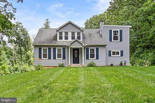 378 Chestnut Hill Rd, York, PA 17402
