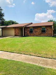 9417 Timberbluff Rd, Dallas, TX 75249