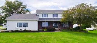 3700 Lower Mountain Rd, Sanborn, NY 14132