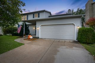 1612 Fairfield Ct, Normal, IL 61761