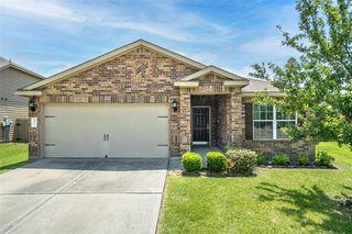 6911 White Ash Ln, Baytown, TX 77521