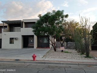 1227 Birch Dr, Las Cruces, NM 88001