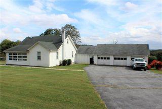 7118 Kernsville Rd, Orefield, PA 18069