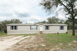 998 Highlands Loop, Poteet, TX 78065