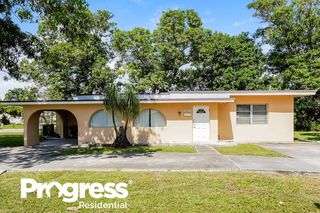 2351 NW 28th St, Oakland Park, FL 33311
