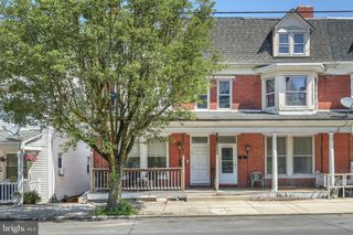 531 W Broadway, Red Lion, PA 17356