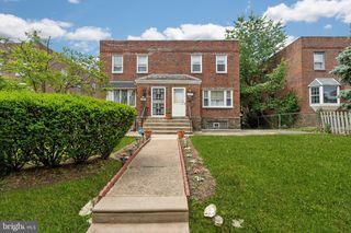 824 Disston St, Philadelphia, PA 19111