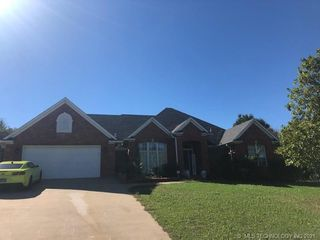 212 S Swallow Dr, Mcalester, OK 74501