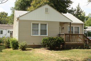 625 SW Vesper Ave, Topeka, KS 66606
