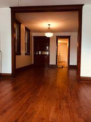1929 W Henderson St, Chicago, IL 60657