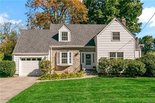 29 S State Rd, Briarcliff Manor, NY 10510