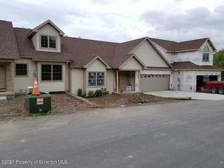 228 Village View Dr, Tunkhannock, PA 18657