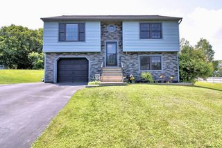 4 Red Rock Rd, Troy, NY 12182