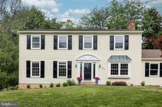 911 Owen Rd, West Chester, PA 19380