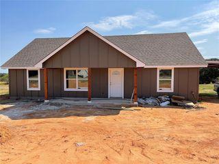 501 Erwin Rd, Poolville, TX 76487