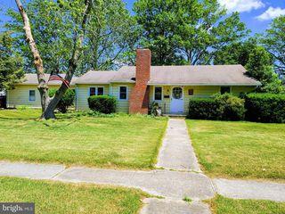 769 Woodlawn Ave, Seaford, DE 19973