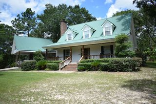 1166 Crenshaw Rd, Lucedale, MS 39452