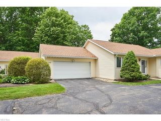 2376 Port Williams Dr, Stow, OH 44224