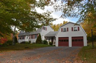 860 Lee Rd, Lincoln, ME 04457