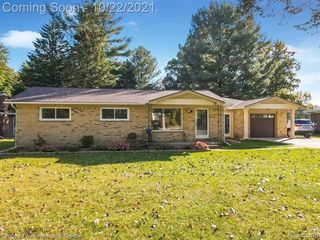 53280 Suzanne Ave, Shelby Township, MI 48316