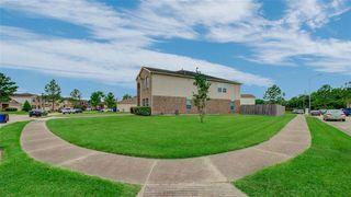 635 Hawthorne Pasture Rd, Rosenberg, TX 77471