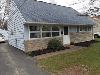 4230 Woodmere Dr, Youngstown, OH 44515