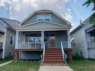 5845 W Cornelia Ave, Chicago, IL 60634