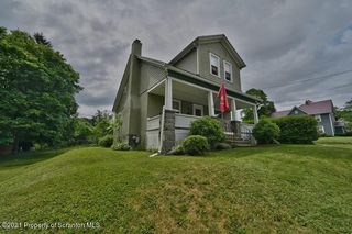 607 Division St, Clarks Summit, PA 18411