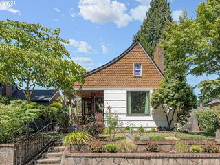 3115 NE Ainsworth St, Portland, OR 97211