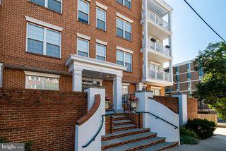 1423 N Rhodes St #202, Arlington, VA 22209