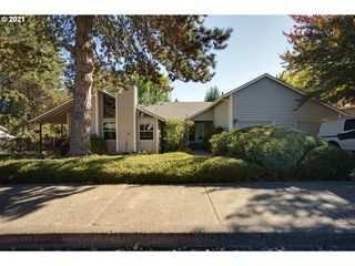 6330 SW 152nd Ave, Beaverton, OR 97007
